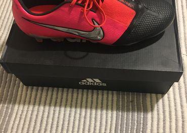 Nike Phantom VNM elite FG 44.5  1. Trieda
