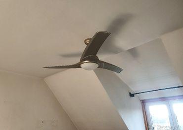 Stropné svietidlo s ventilátorom