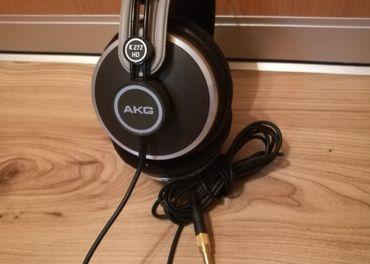 AKG K272HD
