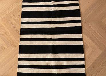 H&M koberec