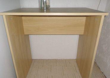 stolík Ikea Baldvin