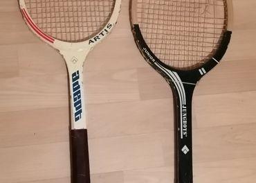 Retro tenisové a badmintonové rakety