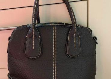 Krásna hnedá kabelka