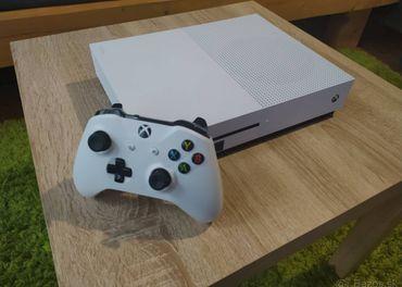 Xbox one s 500gb+UFC