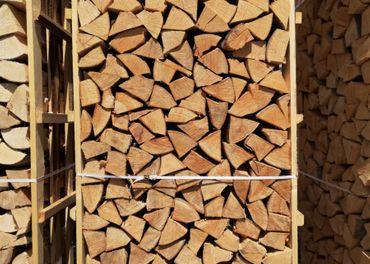 Palivove drevo v palete BA,SC,MA/tvrde brikety,