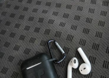 predá Originálne Apple AirPods bezdrôtové slúchadlá