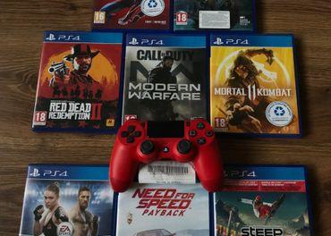Hry a ovládač na Playstation 4