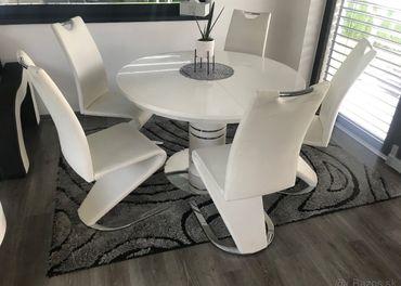 Set stôl stoličky konferenčný stolík