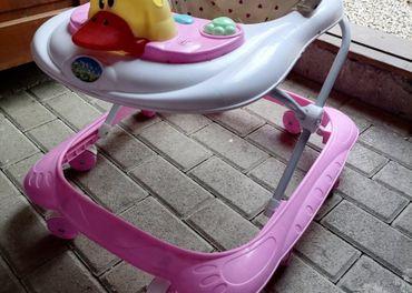 Choditko pre dievčatko kačička