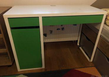 Detský písací stôl MICKE z IKEA