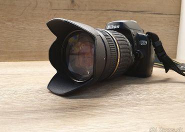 Nikon D60 + blesk