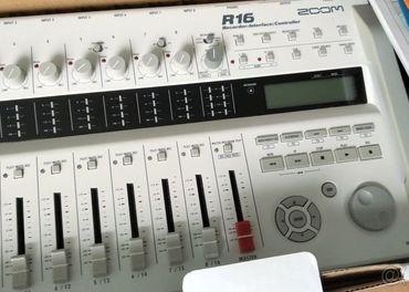 Predám mix ZOOM R16