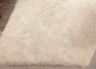 velky koberec  z ovcej kozusiny