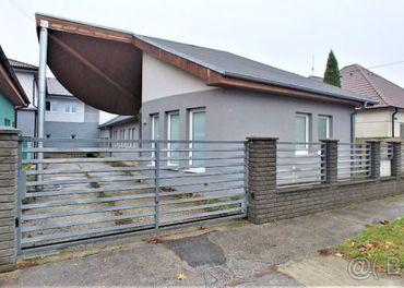 PNORF–4i RD, 130 m2, 459 m2, dvojgaráž, r. 2005, Nová štvrť