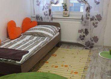 Prenajom 1-samostatná izba